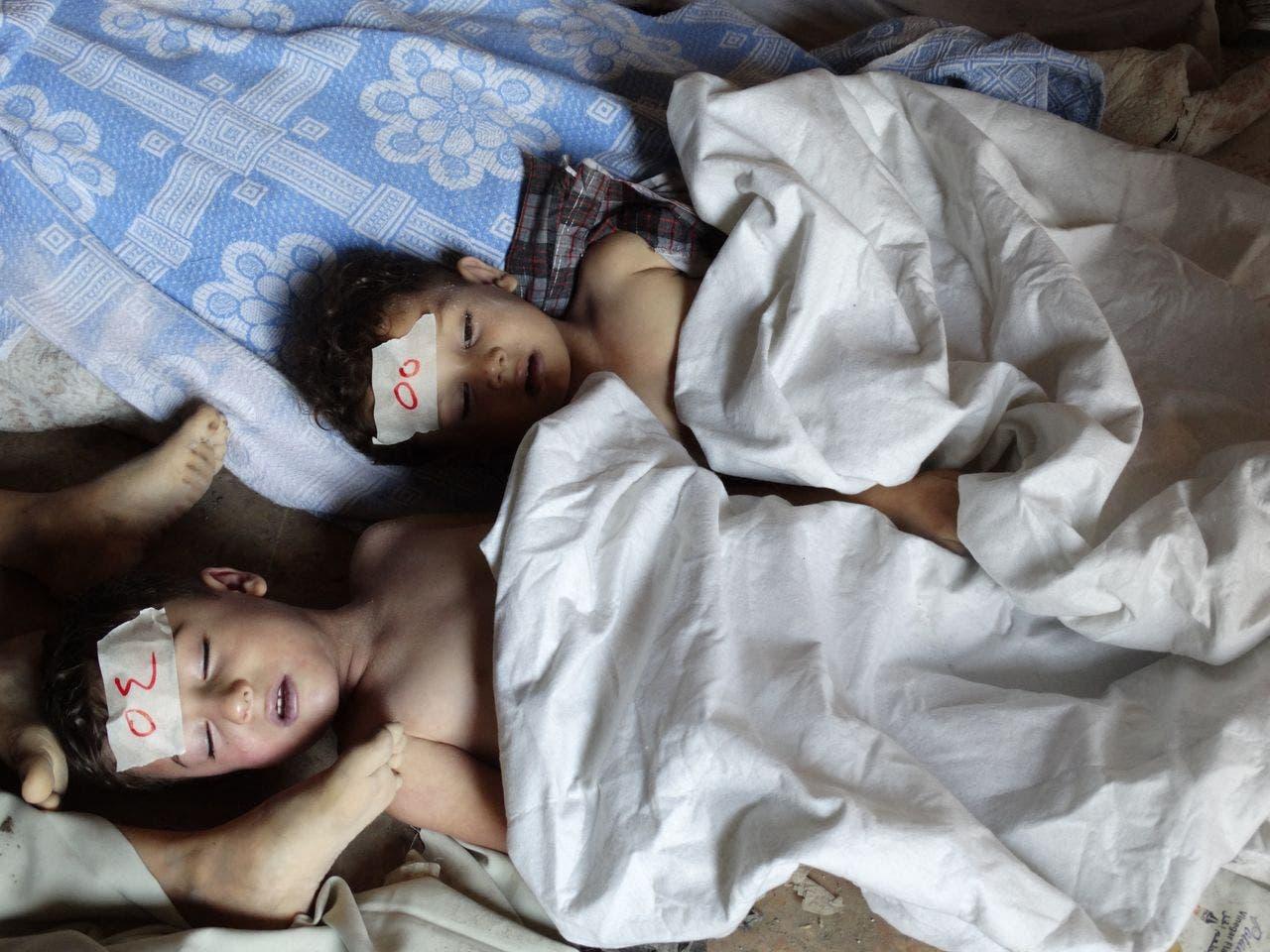 أطفال من ضحايا الهجوم الكيمياوي في الغوطة في 2013