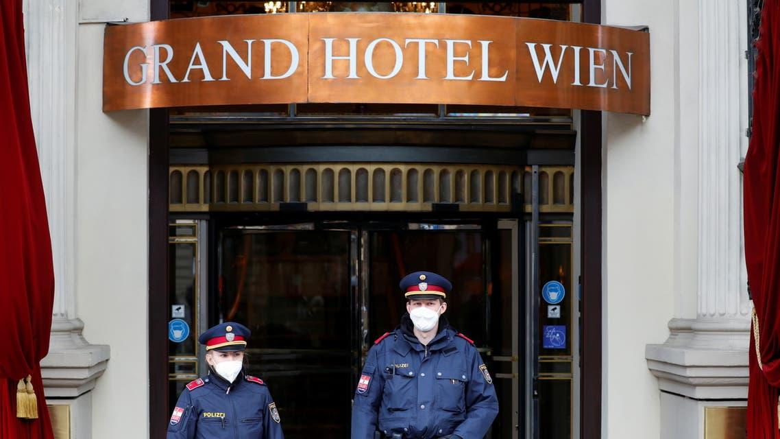 گراند هتل