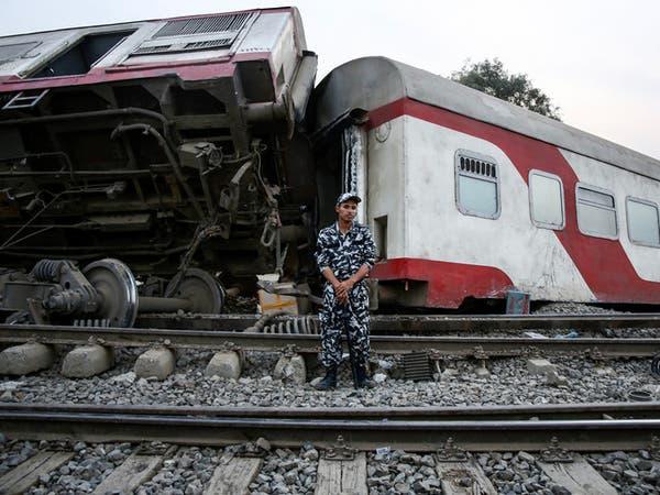 بعد مآسي القطارات.. إقالة رئيس هيئة سكك الحديد في مصر