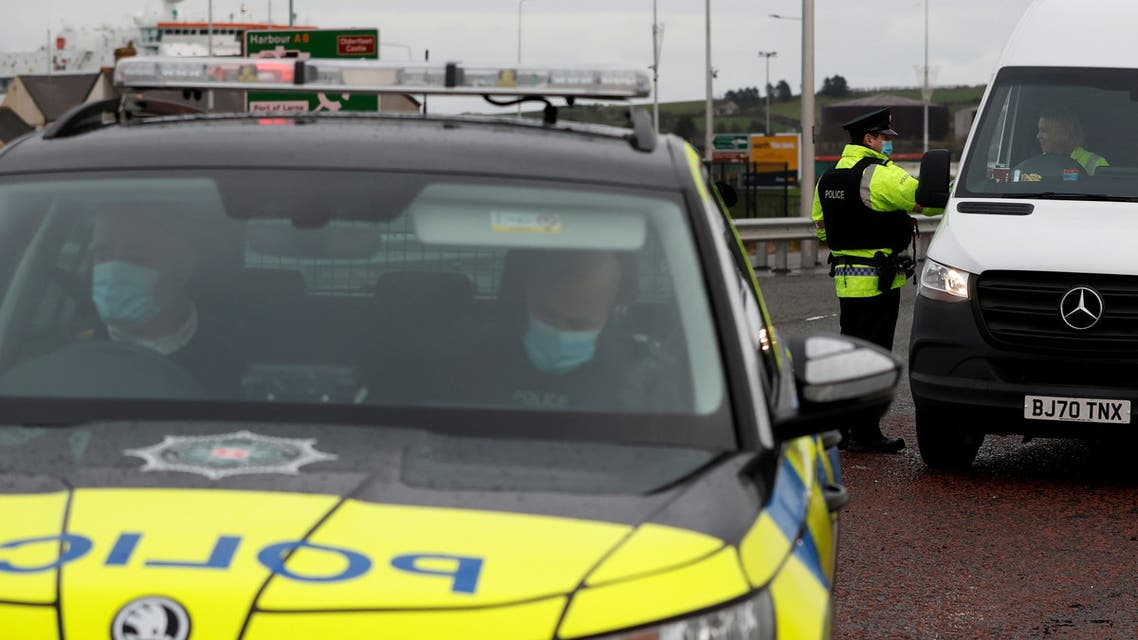 Police officers carry out random vehicle checks near the port of Larne, Northern Ireland, December 31, 2020. (File photo: Reuters)