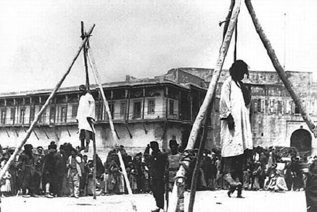 صورة لعدد من الأرمن الذين أعدمتهم السلطات العثمانية سنة 1915