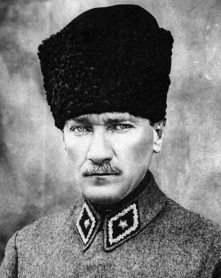 صورة لمصطفى كمال أتاتورك