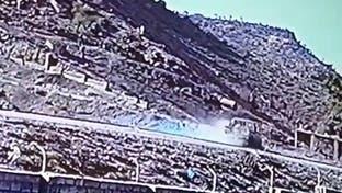 فيديو.. مركبة حوثية تدهس دراجة نارية وتقتل طفلين