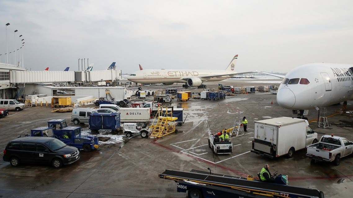 An Etihad Airways Boeing 777 plane taxis at O'Hare International Airport in Chicago. (File photo: Reuters)