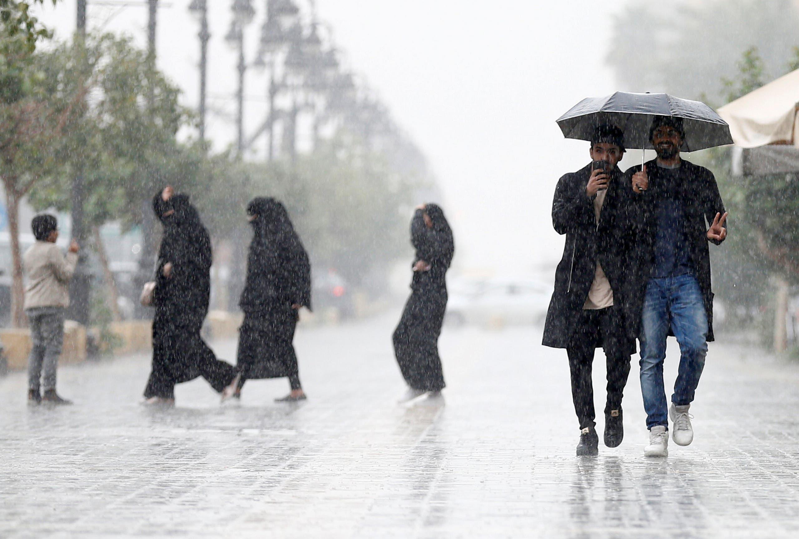 أمطار في الرياض (أرشيفية)