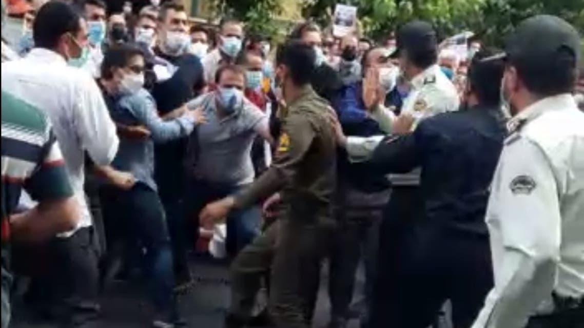 اعتراضات مالباختگان آذویکو
