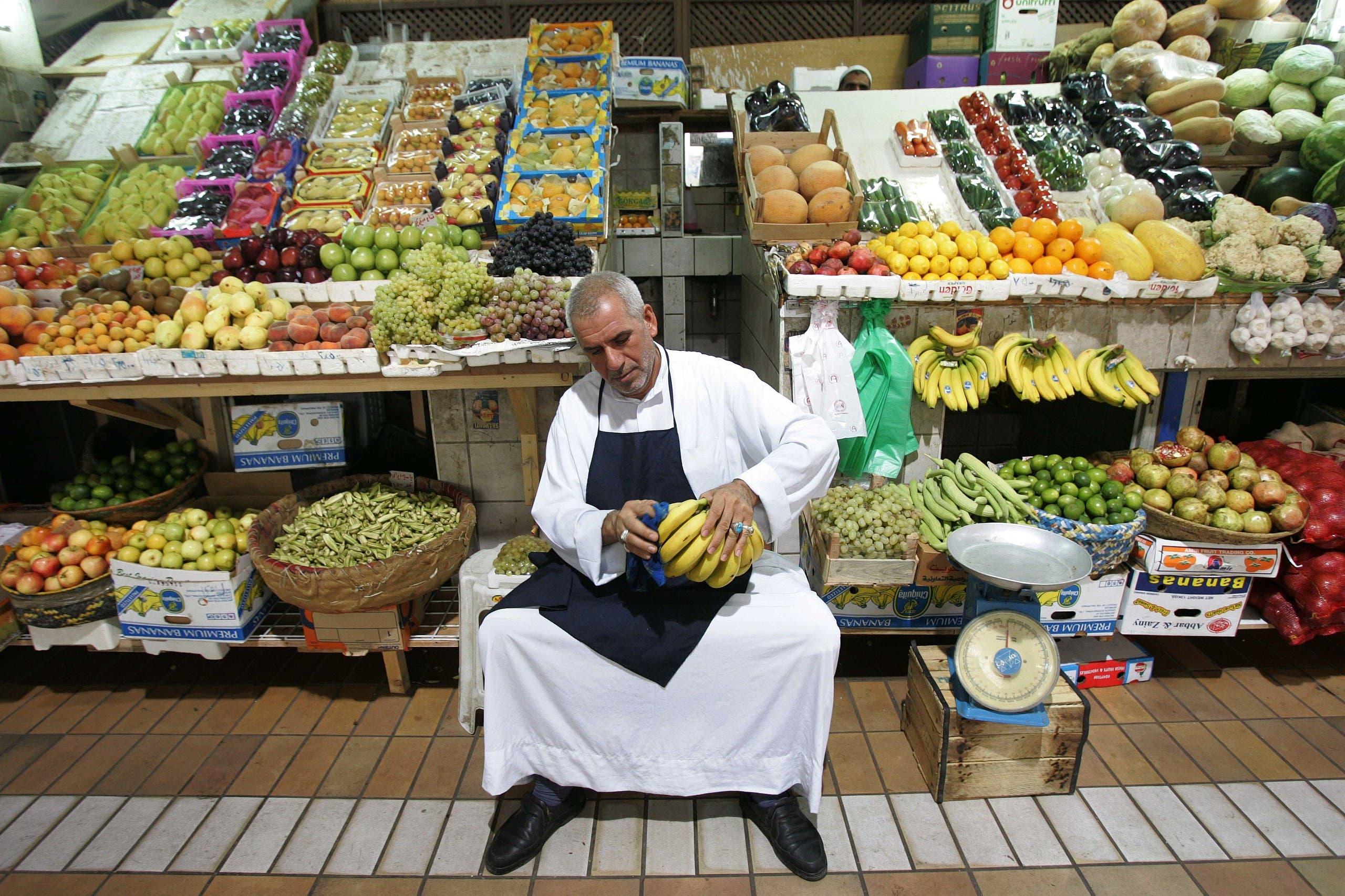 سوق للخضار والفواكه في الكويت (أرشيفية)
