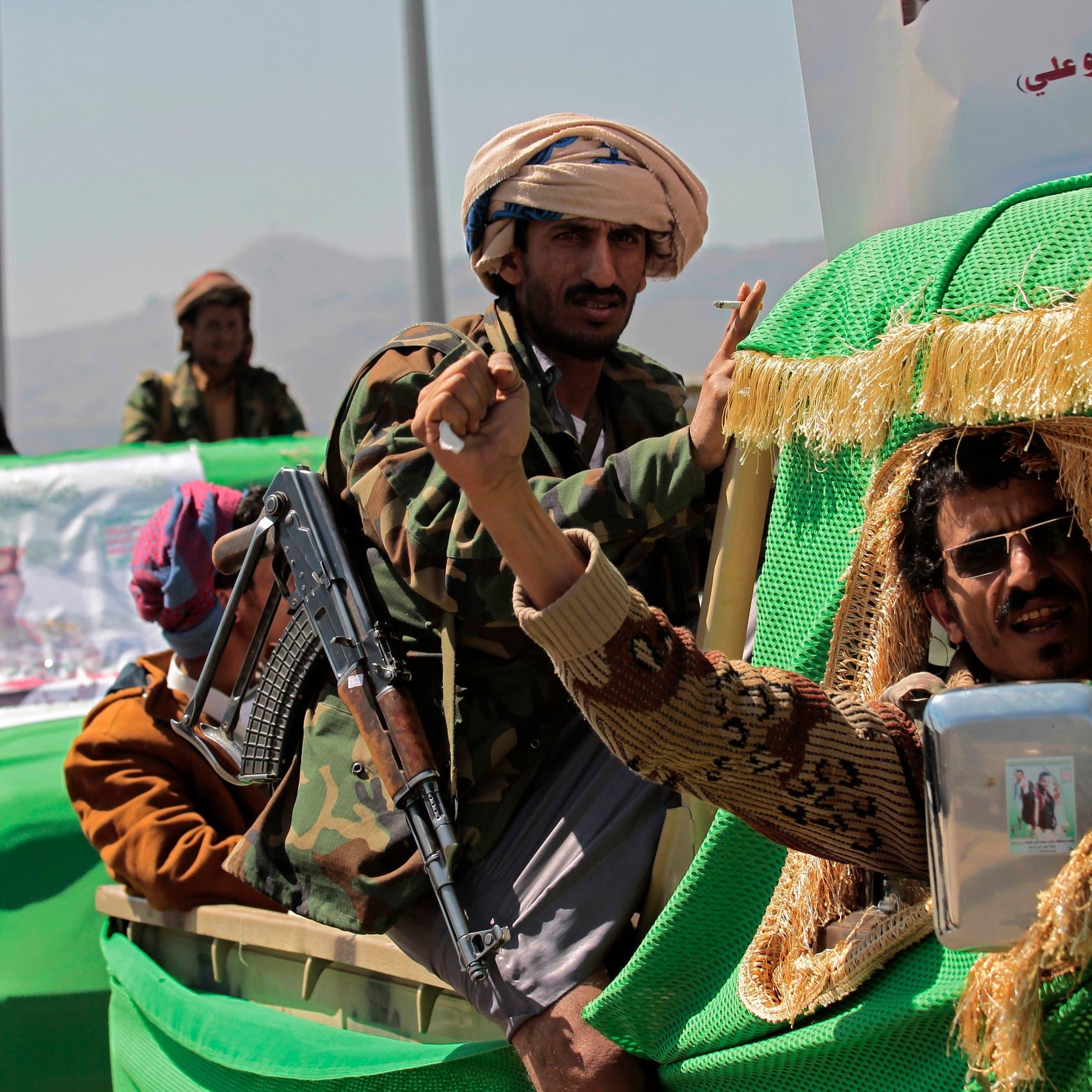 هجمات مستمرة.. الحوثي يدفع بأطفال إلى جبهات مأرب