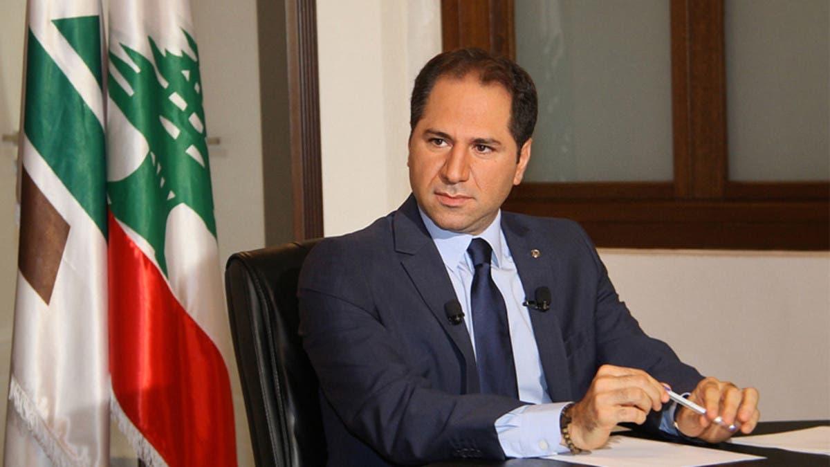 """""""الكتائب"""" اللبنانية: يجب البدء بتحرير الدولة من حزب الله"""