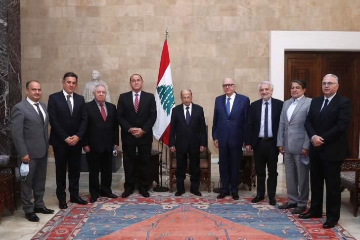 عون مع وزير الصناعة ووفد جمعية لصناعيين
