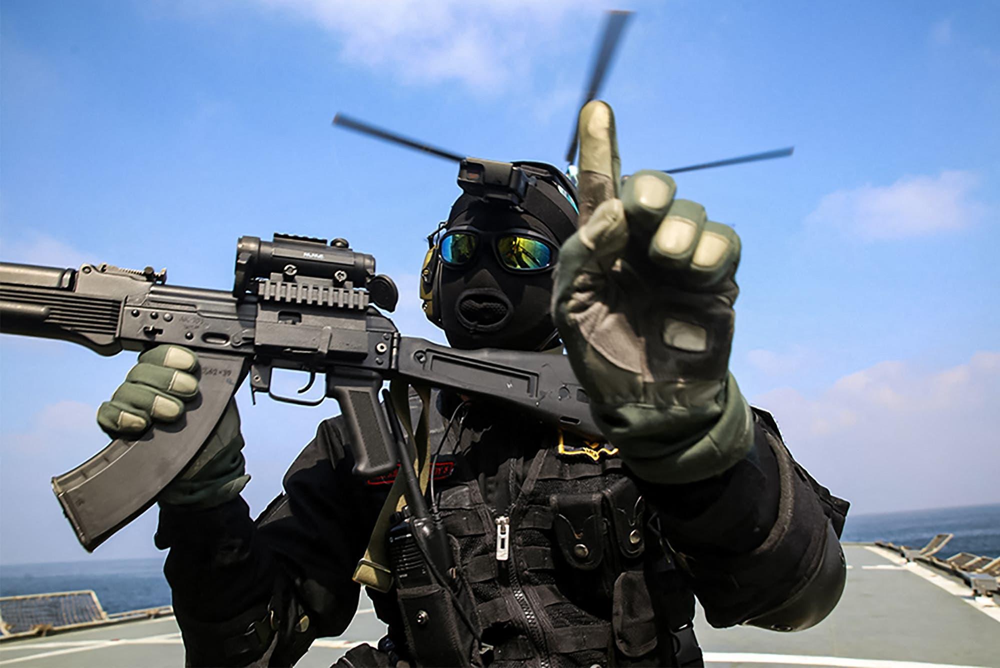 عنصر من الجيش الروسي