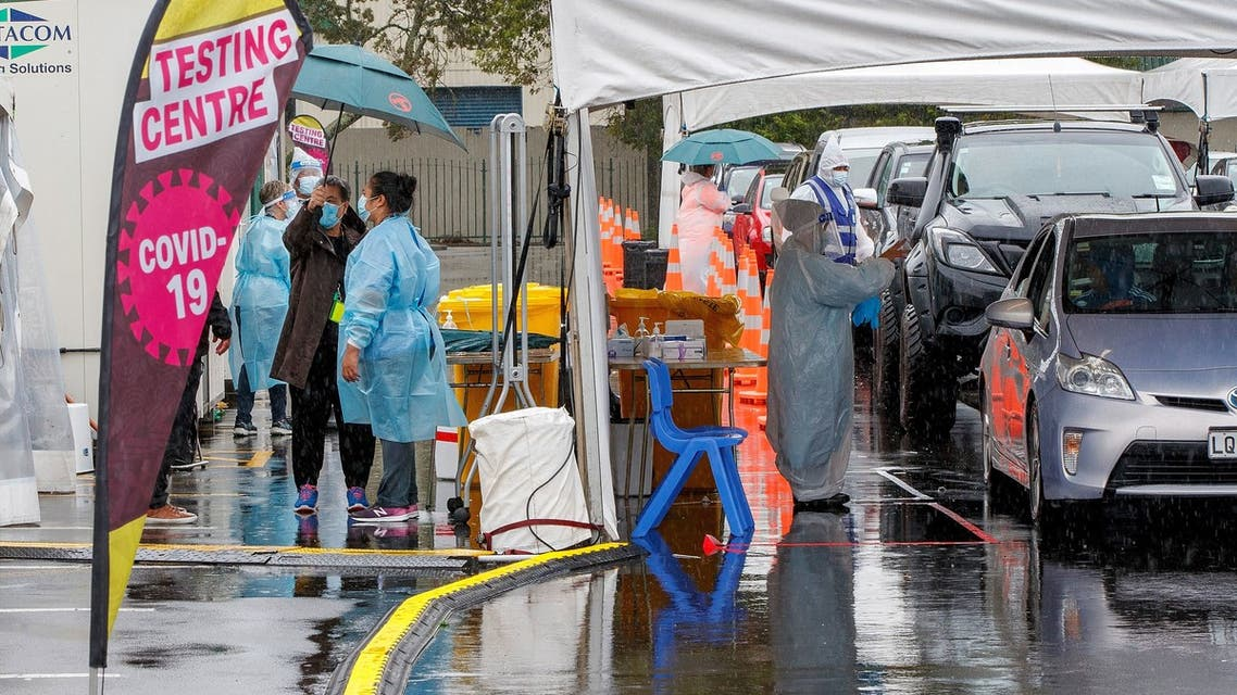 Motorists queue at the Otara testing station after a positive COVID-19 coronavirus case was reported in the community as the city enters a level 3 lockdown in Auckland on February 15, 2021. (File photo: AFP)