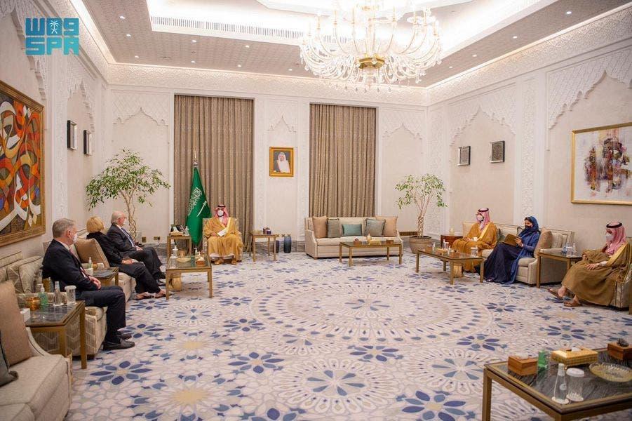 ولیعهد سعودی و فرستاده ویژه آمریکا به یمن