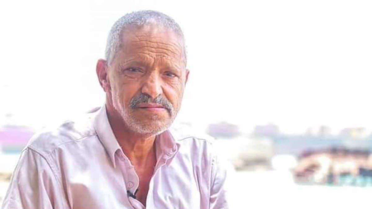 قصة مؤلمة ليمني فقد أبناءه الثلاثة على يد الحوثي.. ثم قتلوه