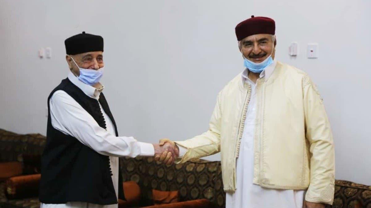 زيارة مفاجئة.. حفتر يلتقي رئيس البرلمان الليبي بمنزله