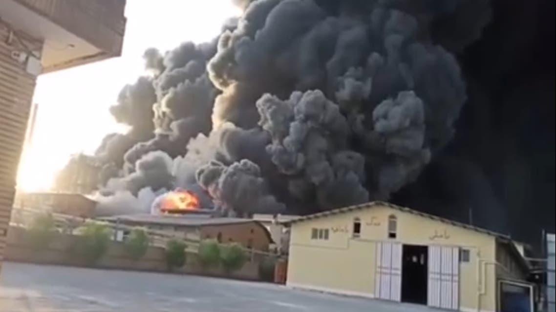 اندلاع حريق في مصنع للكيماويات في إيران بالقرب من مدينة قم