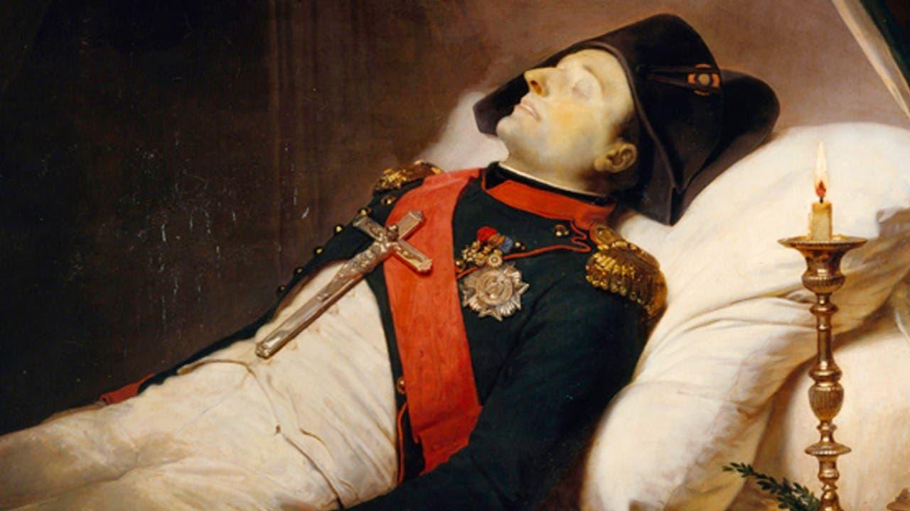لوحة لنابليون بونابرت ميتا مرتديا ثيابه العسكرية