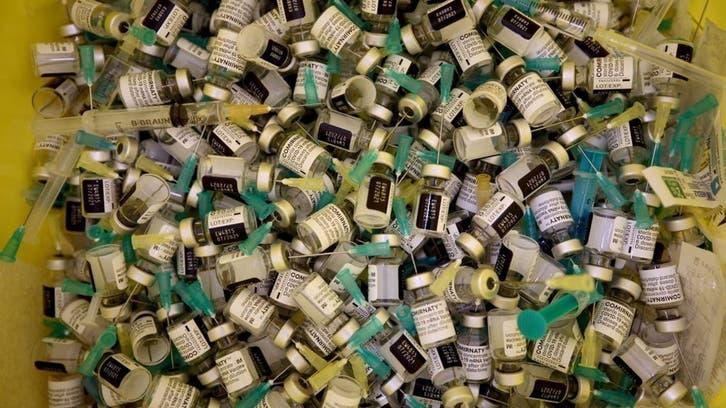 دنیا میں کووِڈ-19 کی ویکسین کے ایک ارب سے زیادہ انجیکشن لگا دیے گئے: رپورٹ