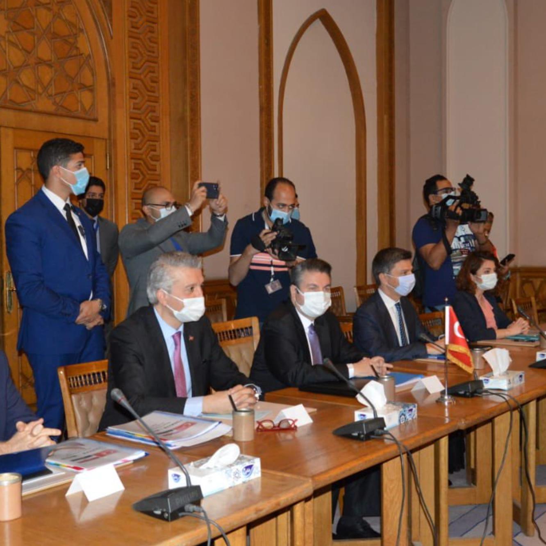 مصادر العربية: تركيا تعهدت لمصر بتجميد إرسال مسلحين لليبيا