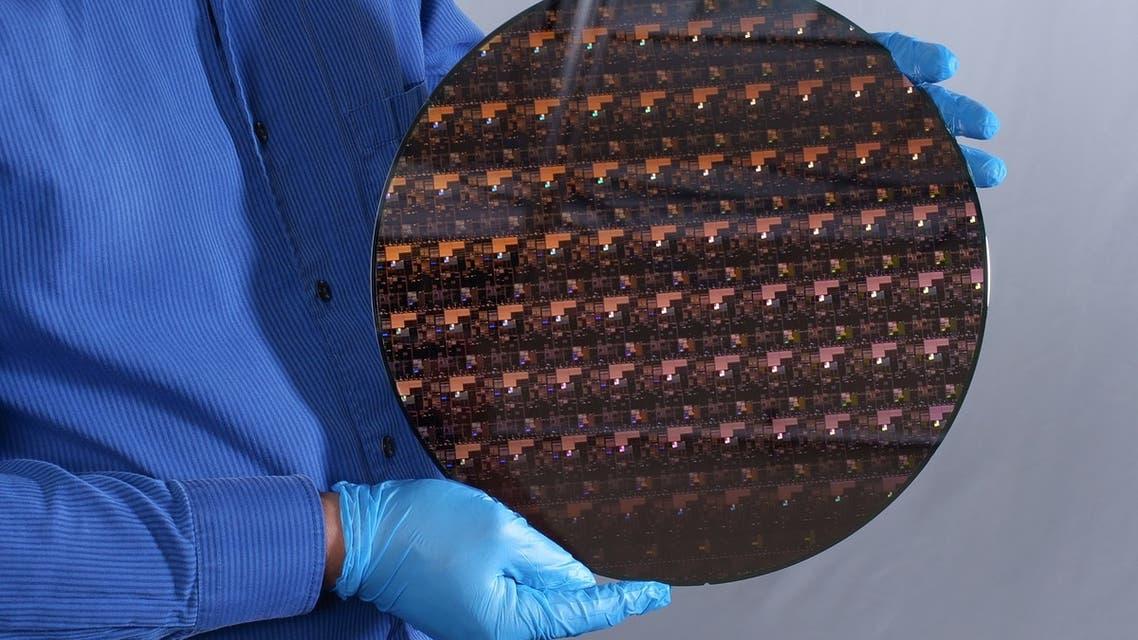 50 میلیارد ترانزیستور در تراشهای به اندازه یک ناخن