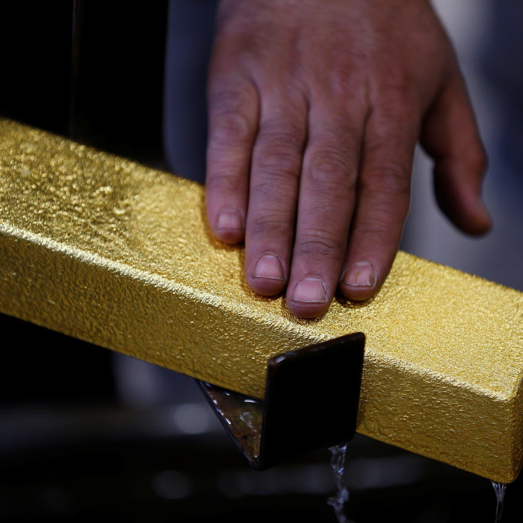 الذهب يزداد بريقاً.. نحو تحقيق أفضل أداء أسبوعي في 6 أشهر