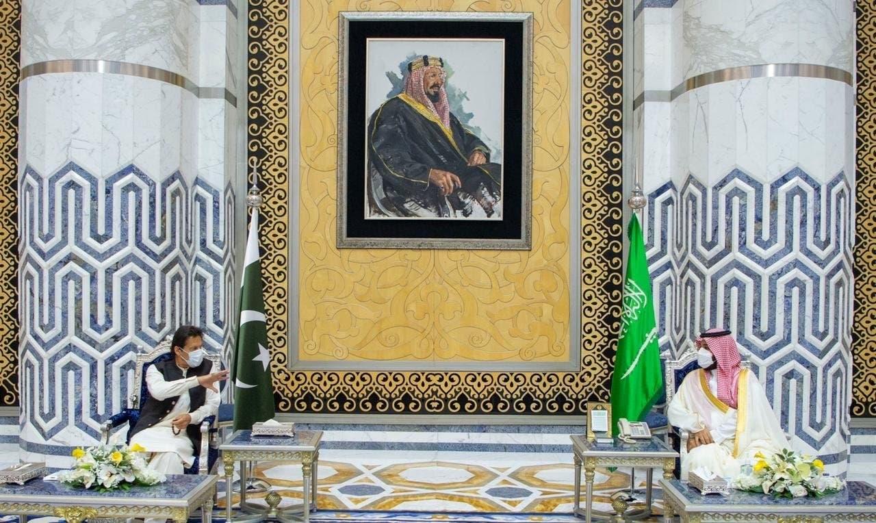محمد بن سلمان يستقبل عمران خان