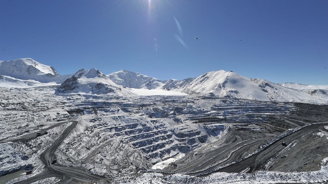 A picture taken on October 1, 2012, shows a general view of the Kumtor gold mine in the Tien Shan Mountains, 4000 meters above the sea level, some 350 km southeast of the Kyrgyzstan's capital Bishkek. (AFP/ Vyacheslav Oseledko)