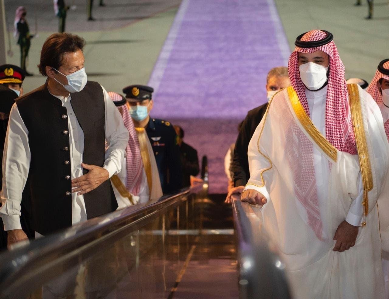 استقبال محمد بن سلمان از عمران خان