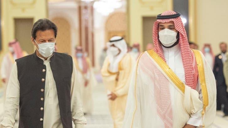 استقبال ولیعهد سعودی از نخستوزیر پاکستان در جده