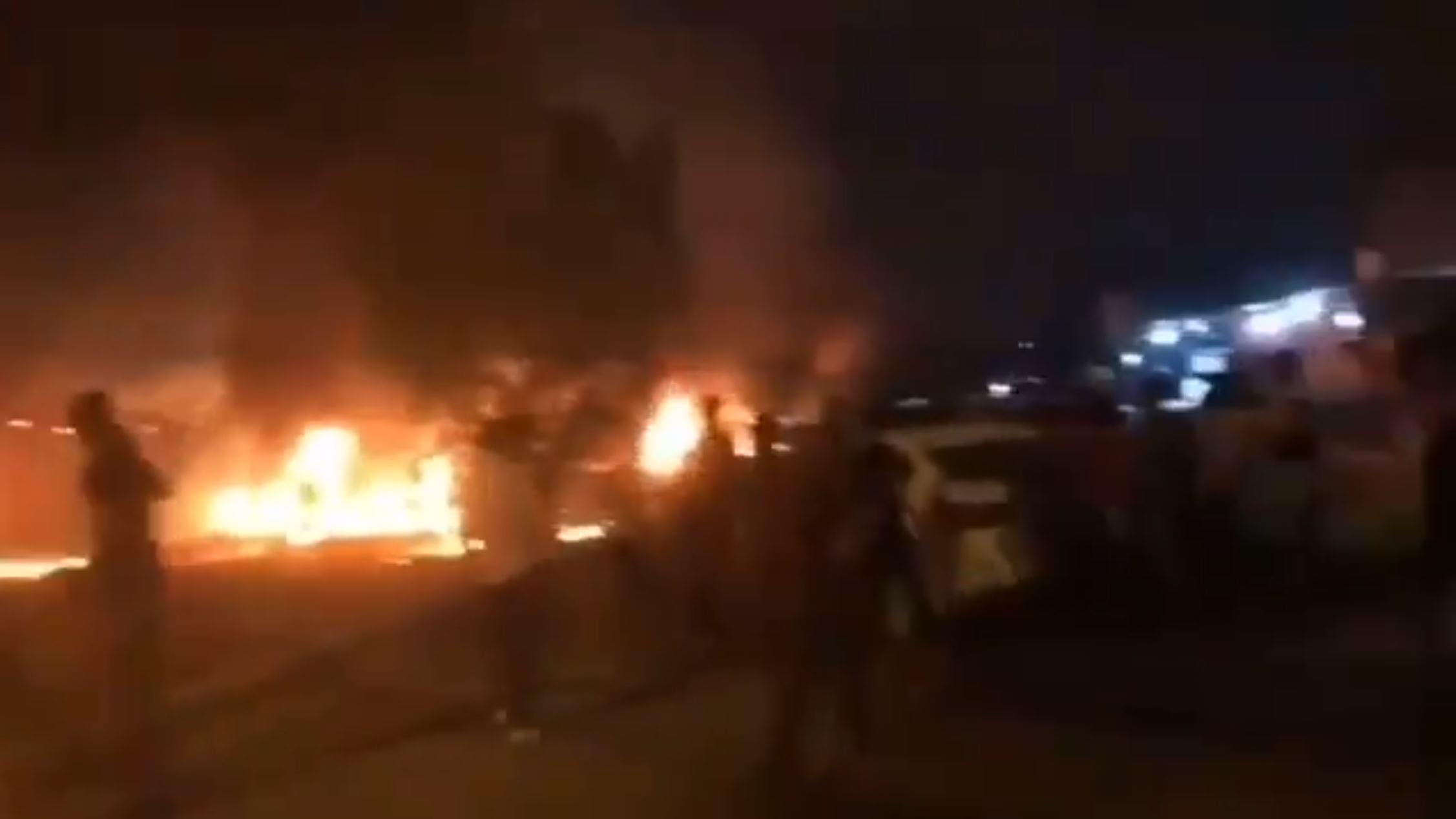 به آتش کشیدن کنسولگری ایران در کربلا توسط تظاهرکنندگان عراقی