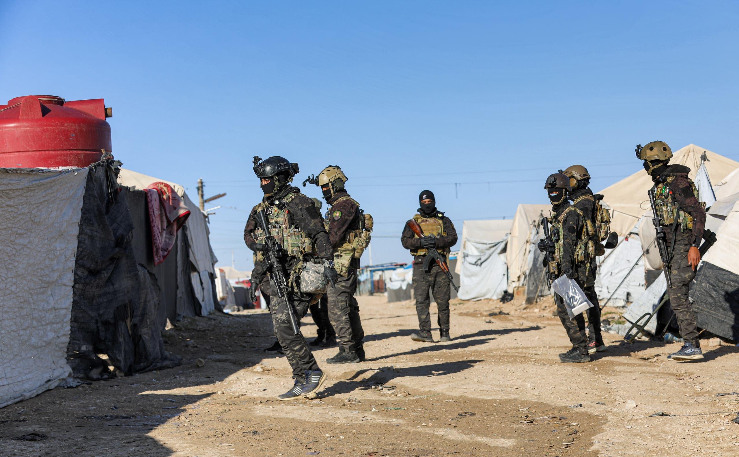 حملة أمنية في مخيم الهول (فرانس برس)