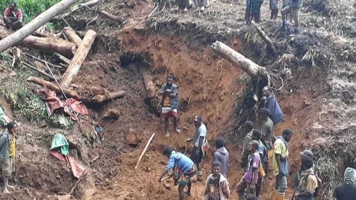 A landslide at a clandestine artisanal gold mine in Guinea's northeast Siguiri region leaves at least 15 people dead. (Twitter)