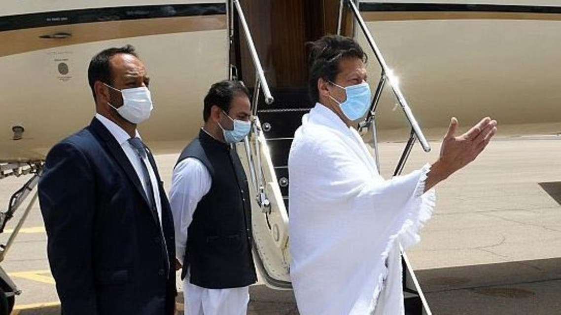 The Prime Minister of Pakistan Imran Khan left Saudi Arabia's Medina on Sunday after visiting the Prophet's Mosque. (SPA)