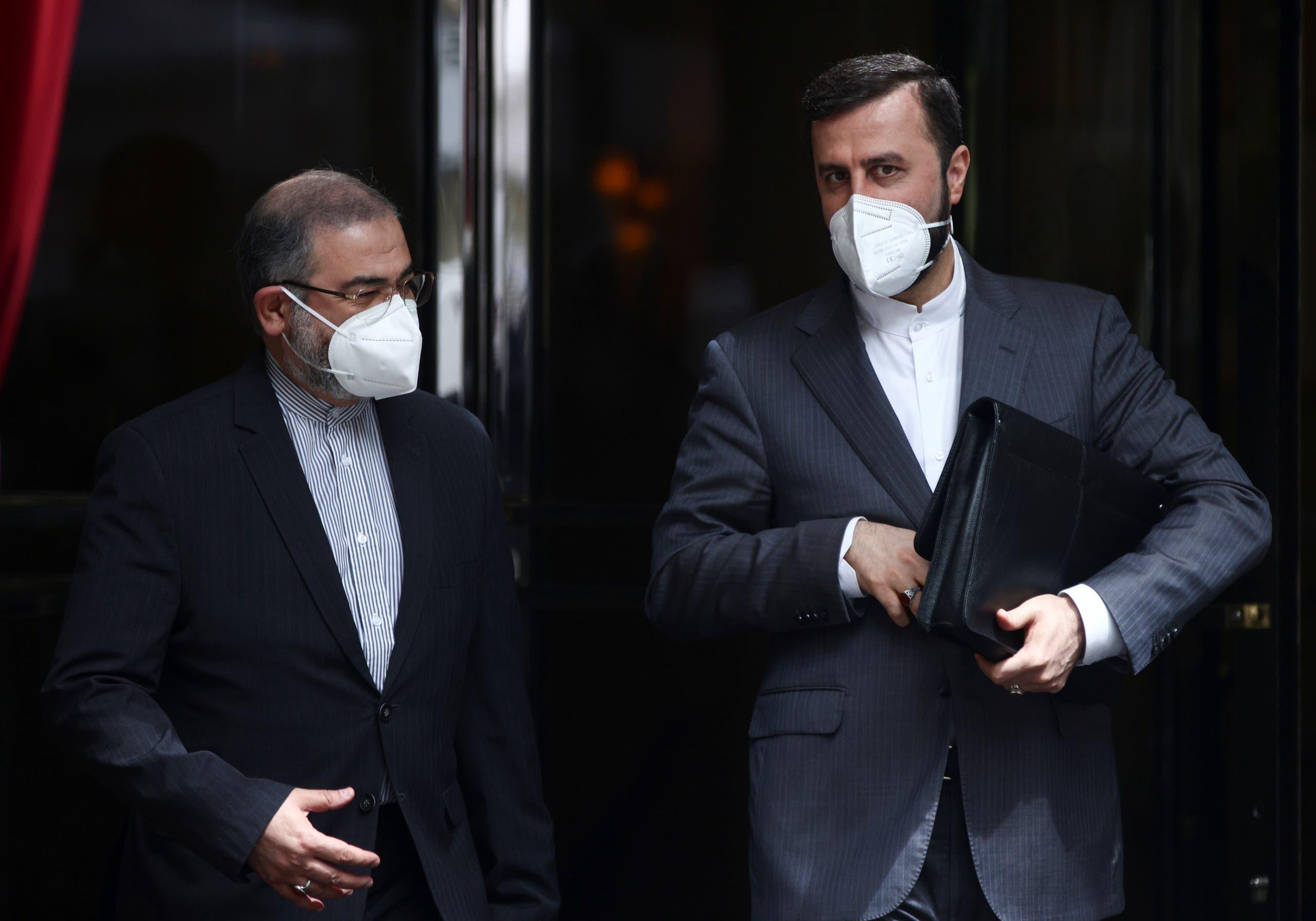 الوفد الإيراني في مفاوضات فيينا (أرشيفية- رويترز)