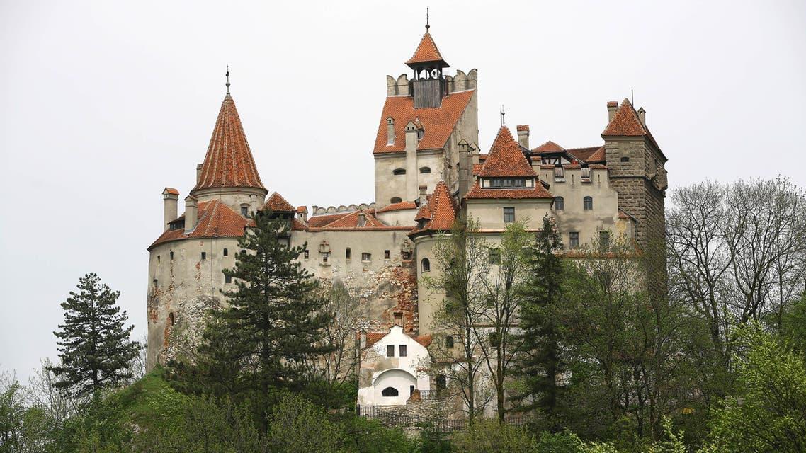 قلعة بران في رومانيا المعروفة بقلعة دراكولا