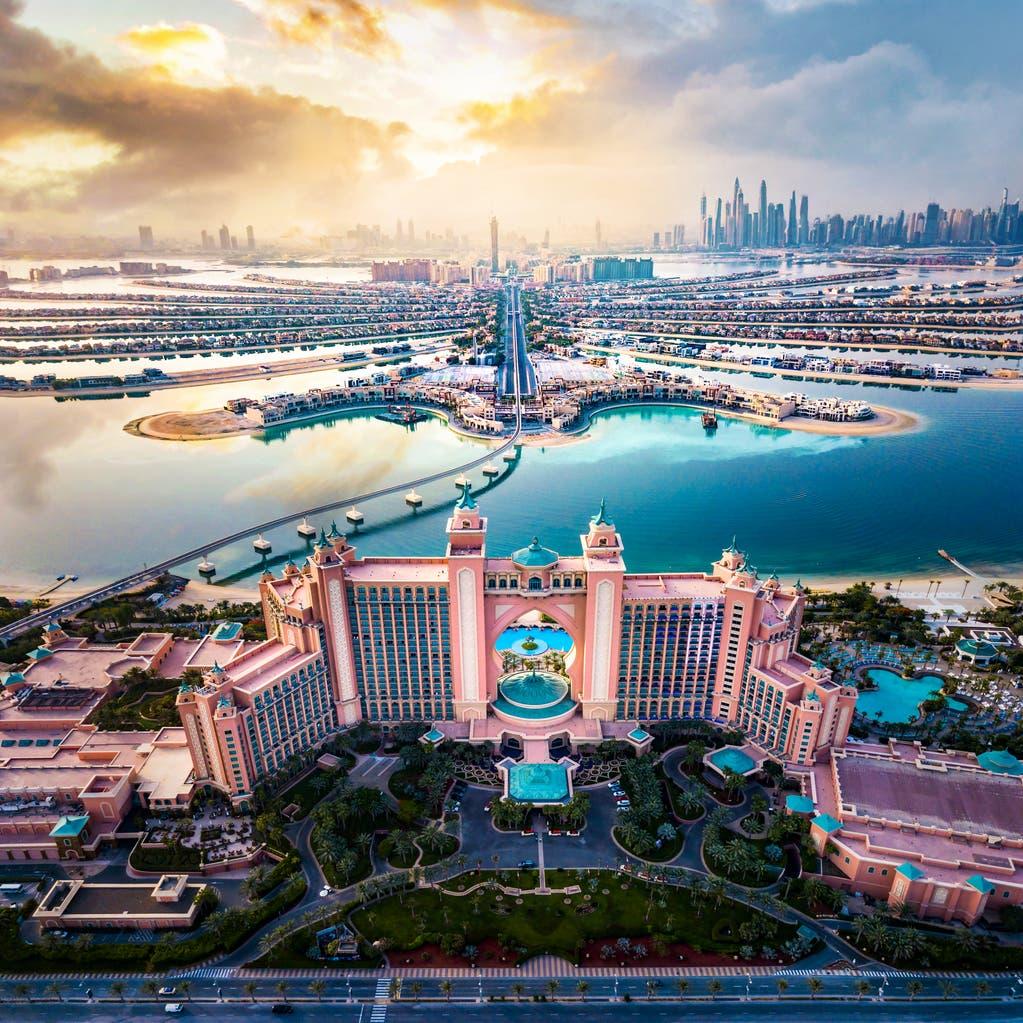 هل تجاوزت دبي كورونا؟.. نشاط كبير للقطاع الخاص وانتعاش السياحة