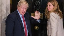 قضى إجازة كُلفتها 15 ألف جنيه.. التحقيق مع جونسون