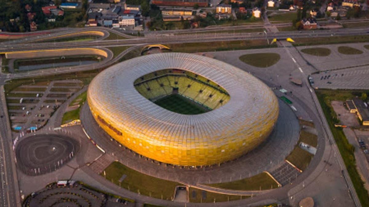 بولندا: لا حجر صحياً لجماهير نهائي الدوري الأوروبي