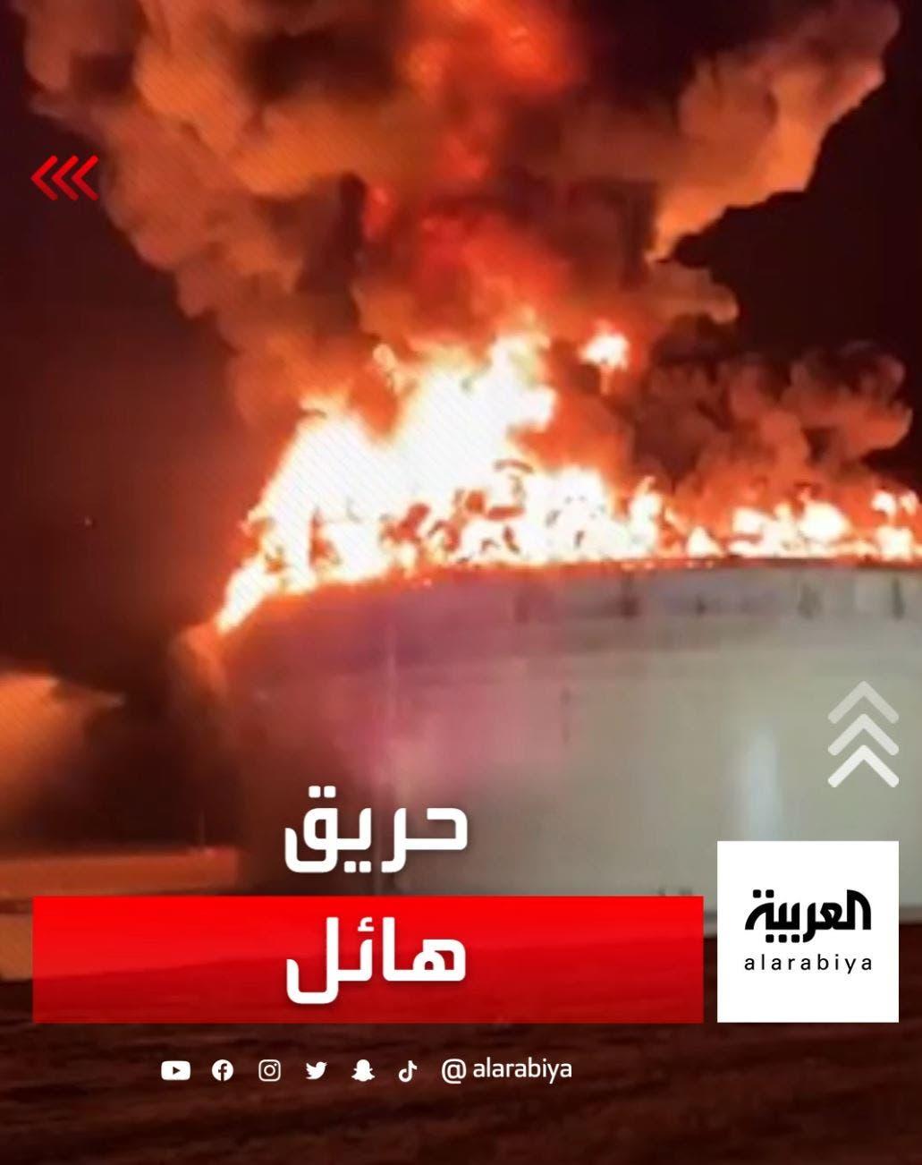 یکی از این موشک ها به تأسیسات نفتی در اشکلون اصابت می کند و اسرائیل می گوید این آتش سوزی می تواند روزها ادامه داشته باشد