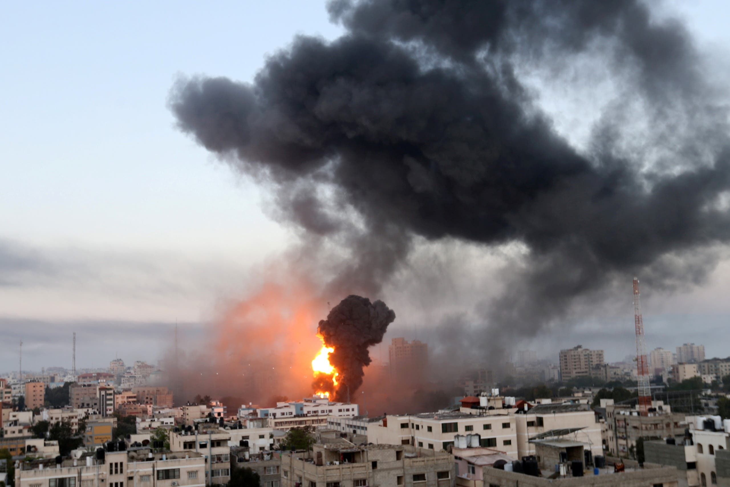 من الغارات الإسرائيلية على غزة