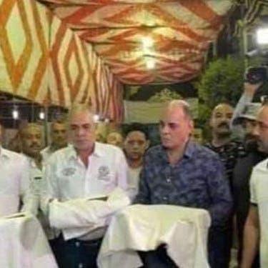 أجبروا خصومهم على حمله والتذلل لهم.. القبض على مرتكبي فيديو الكفن بمصر