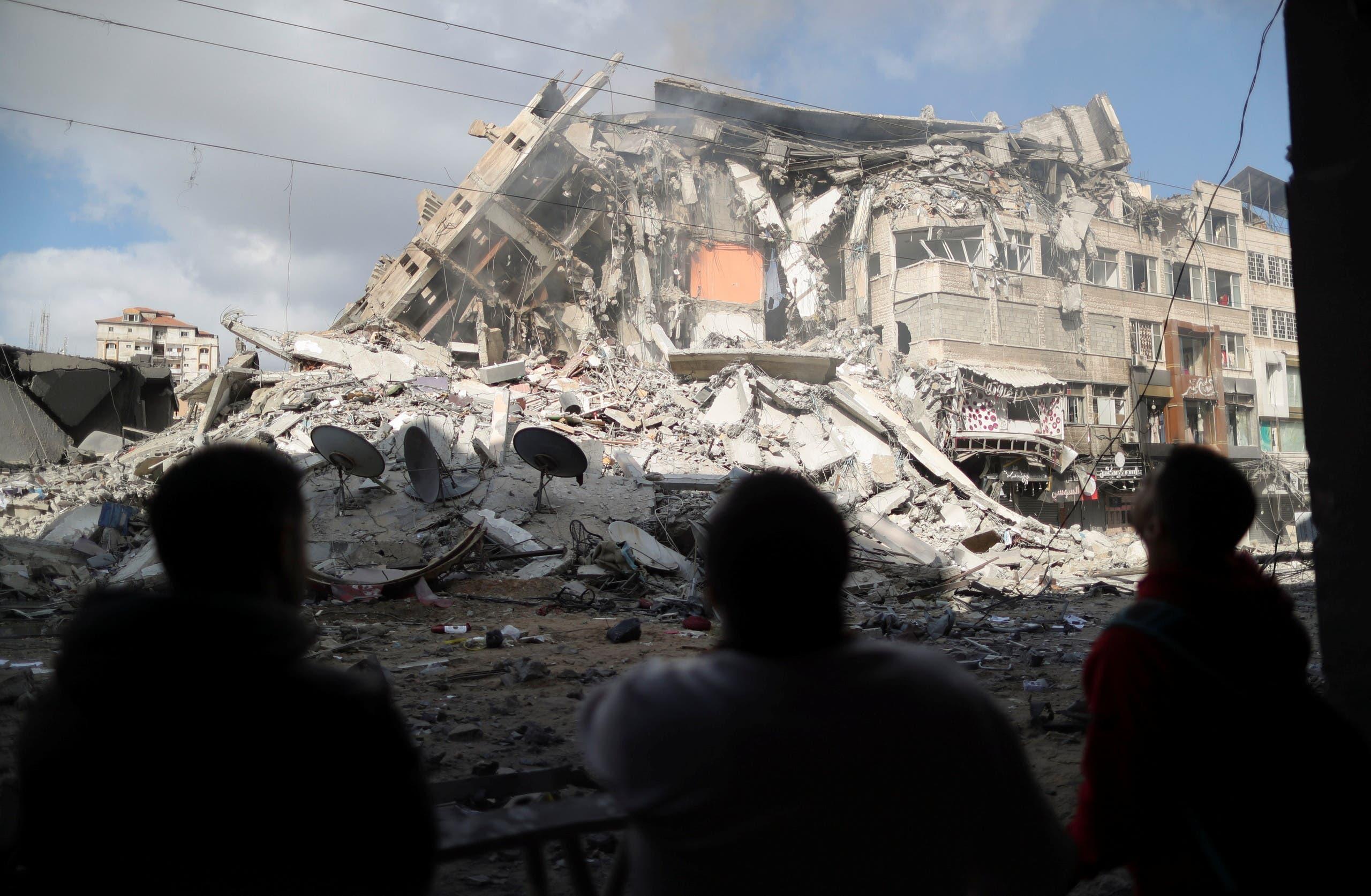 حطام منبنى في غزة دمره القصف الإسرائيلي الاخير