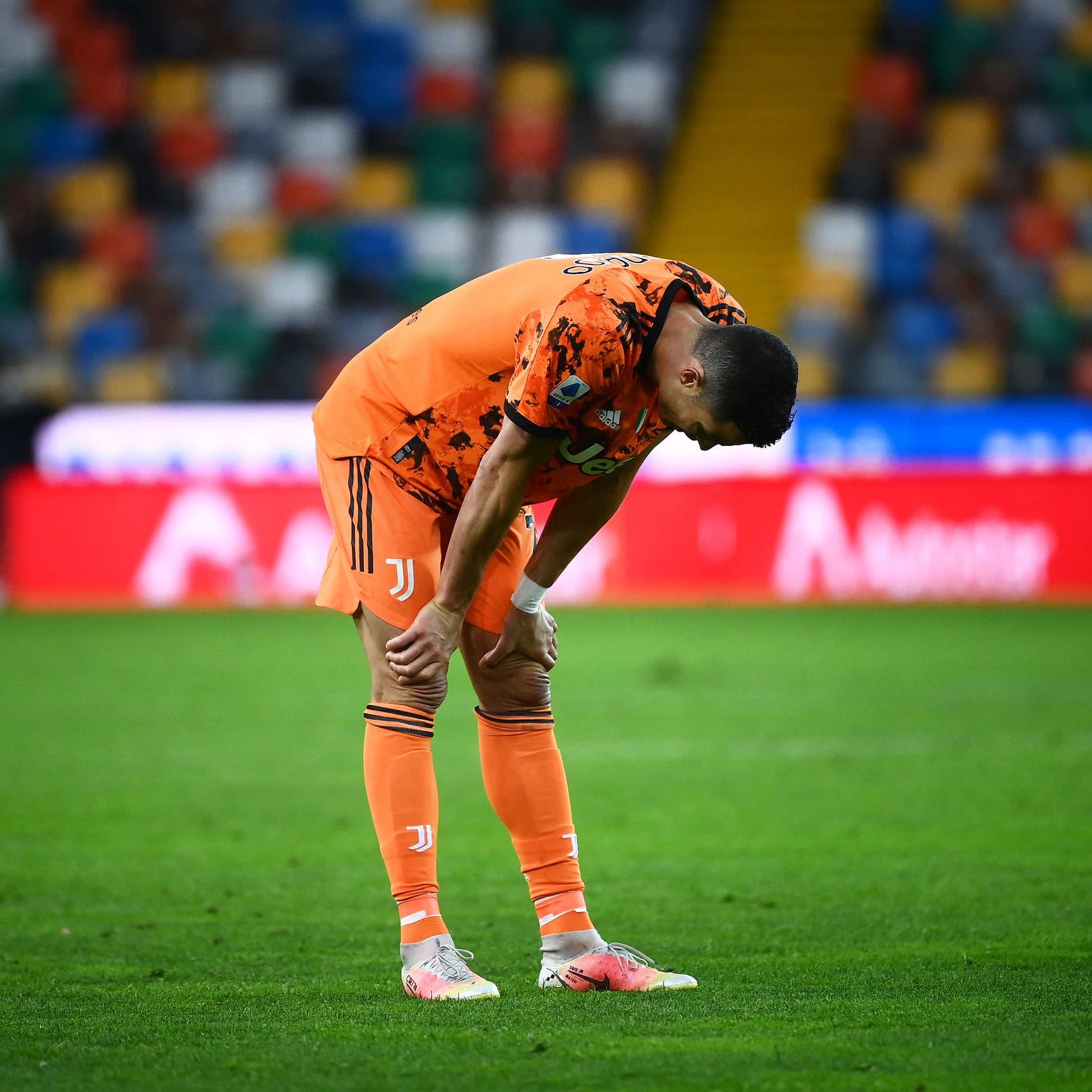 """لاعبو يوفنتوس يهاجمون رونالدو.. والبرتغالي يشعر بـ """"الوحدة"""""""
