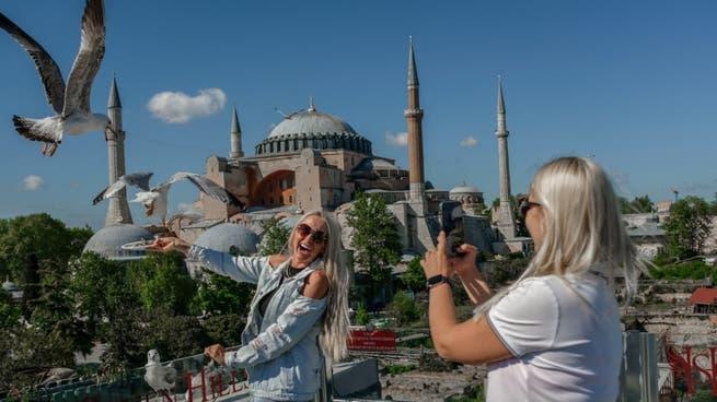 تركيا تستعيد في مايو ربع عدد الوافدين الأجانب قبل الوباء