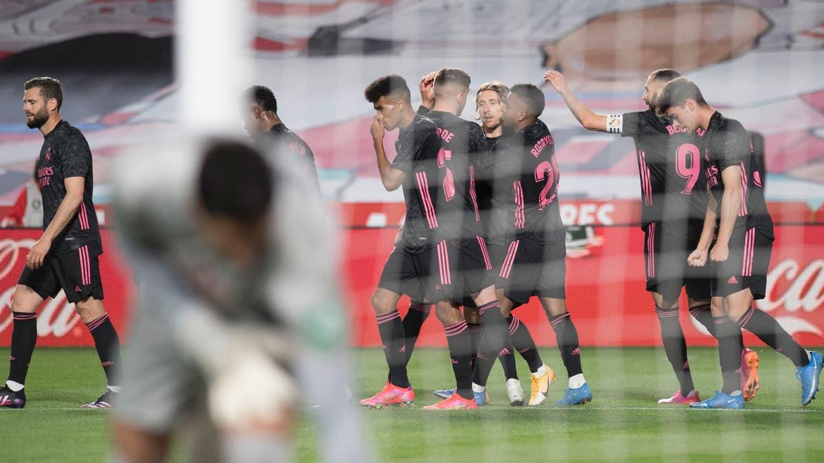 ريال مدريد يواصل مطاردة أتلتيكو بنقاط غرناطة