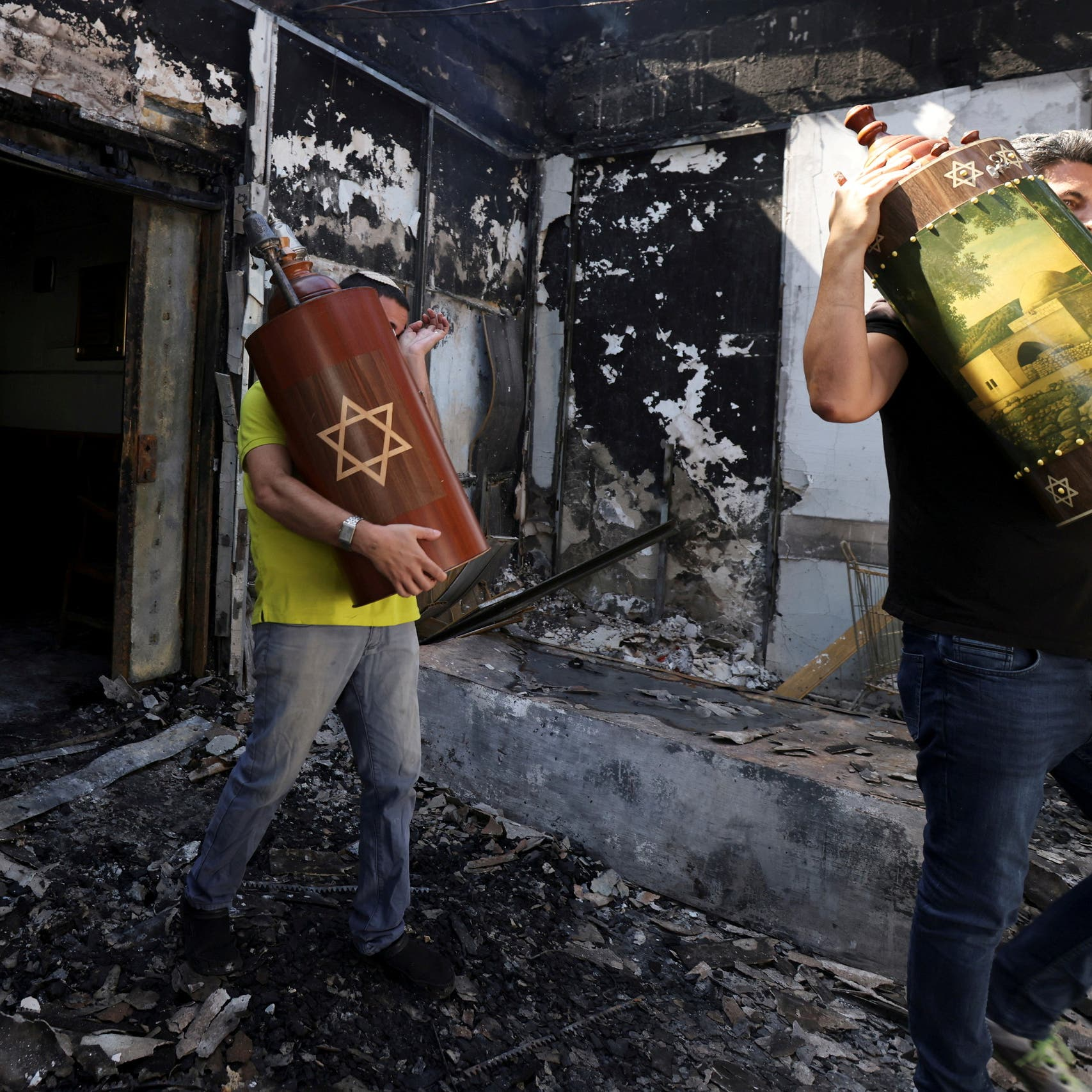 عنف متصاعد في المدن المختلطة.. وإسرائيل تعتقل 110