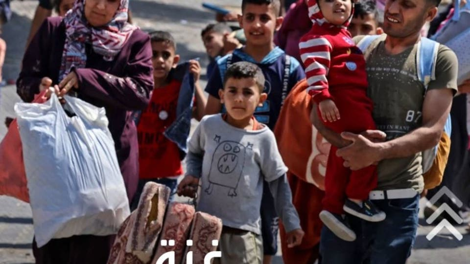 غزة خالية من مظاهر العيد.. وأطفال يحاولون جاهدين الاستمتاع به