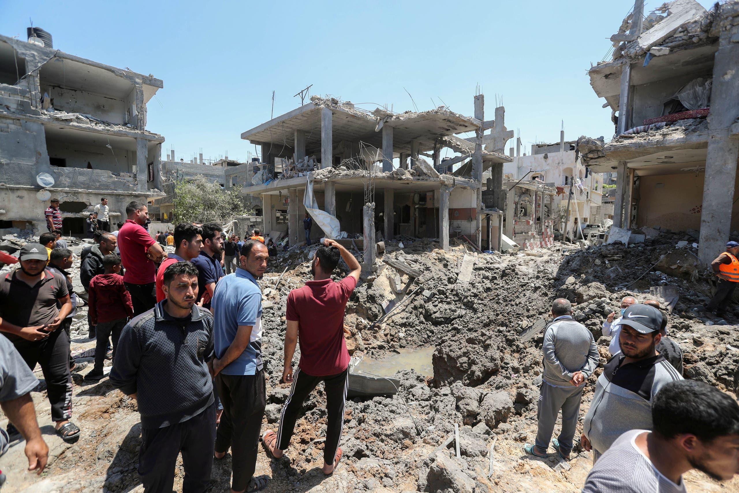 دمار إثر القصف الإسرائيلي على غزة  (رويترز)