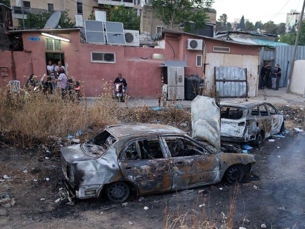مستوطنون يقتحمون حي الشيخ جراح.. ويهددون السكان