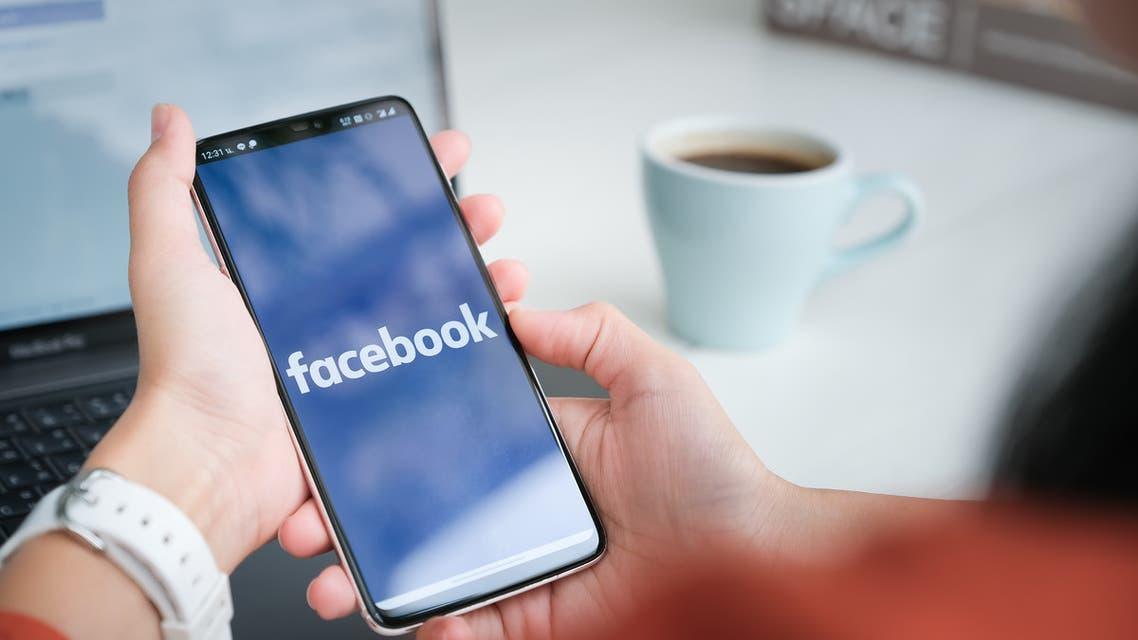 فيسبوك (شترستوك)